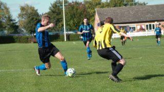 少年サッカーの練習で学ぶべき3つのフェイント