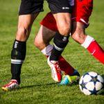 サッカーのフェイントにおける2つの足裏の使い方
